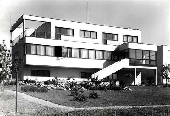 Suk House, south façade with stairs leading to the garden, 1932