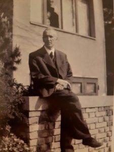 PhDr. Václav Maule po návrratu z Terezína, 1945